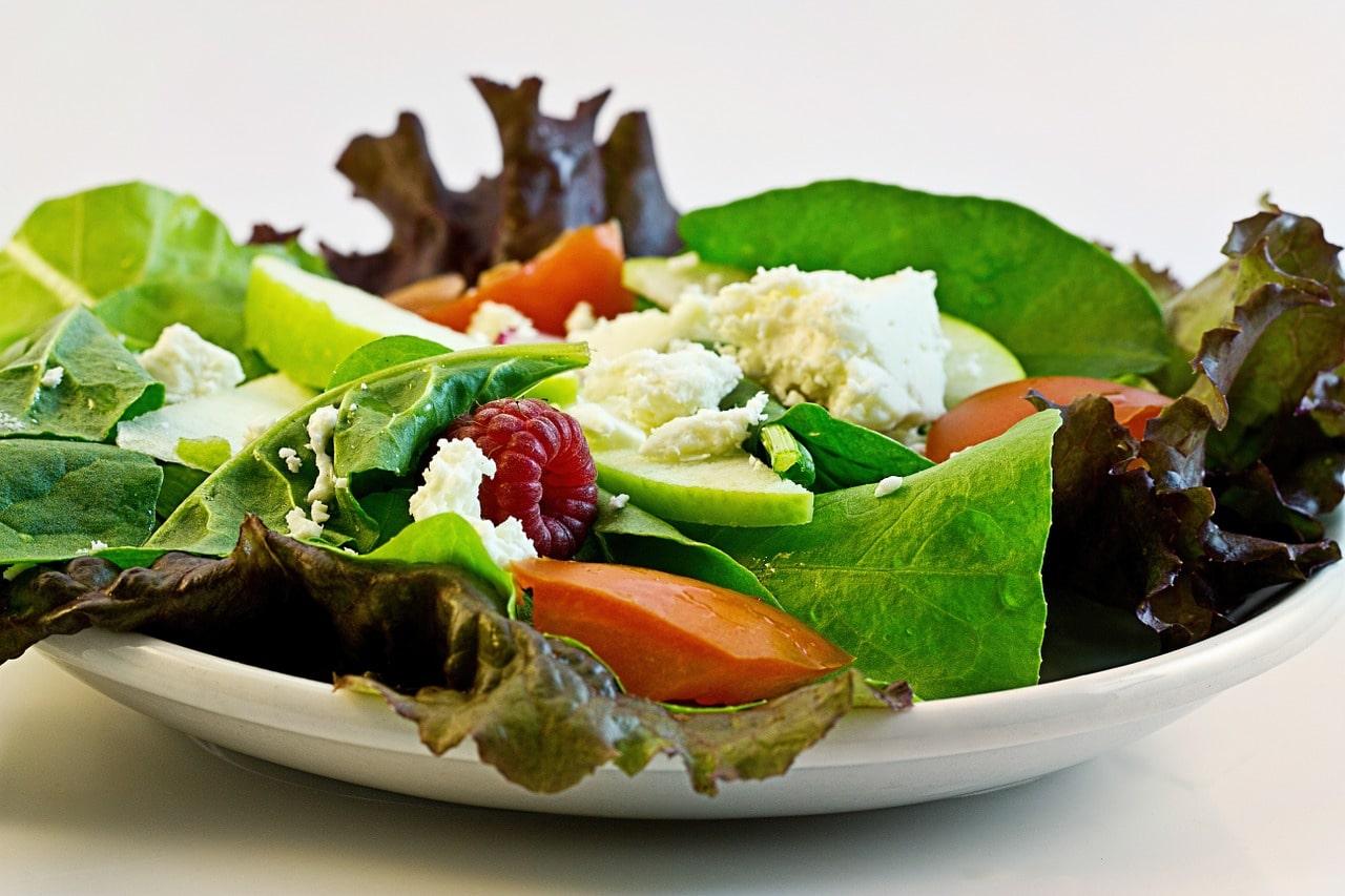 Avoid calorie-laden salad dressings